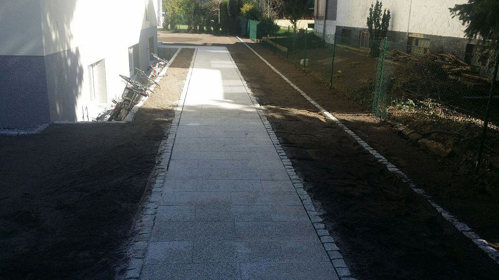 Einfahrt und Wege pflastern Wildenbruch OT Michendorf