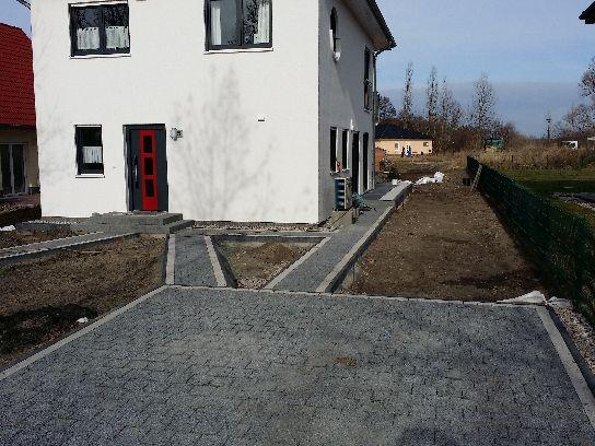 Pflasterarbeiten Betonstein Gehwegbau in Schwielowsee