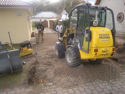 Pflasterarbeiten Betonstein Zufahrt anlegen