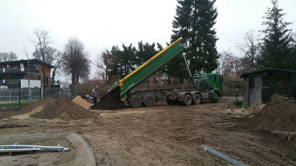 Rasen erneuern Werder Havel Boden einbauen