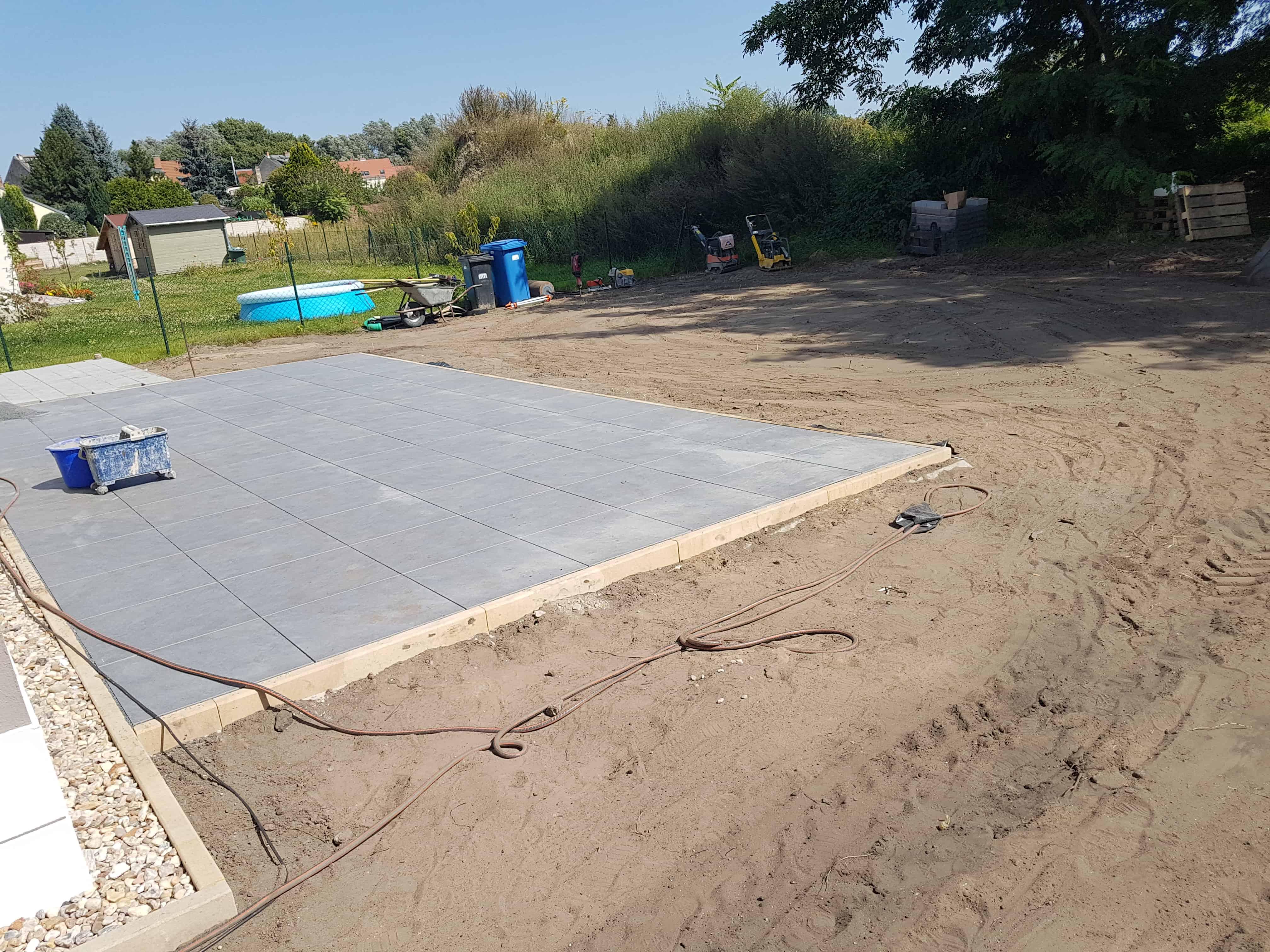 Wärend dem Bauen der Terrasse in Ferch