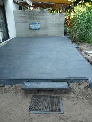 Terrassenbau Terrassenplatten legen