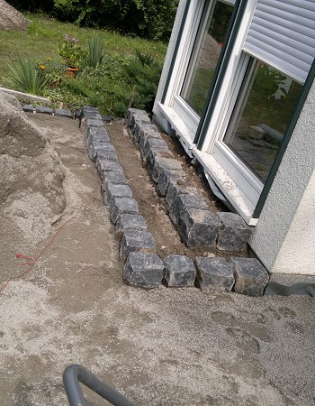 Treppenbau Betonstein u. Naturstein Granit Treppe erstellen