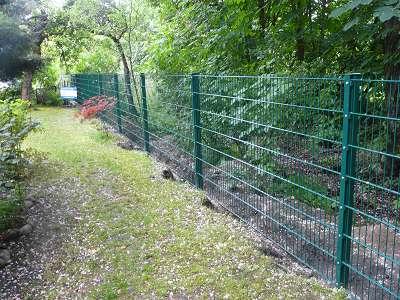 Zaunbau Doppelstabmatten Zaun aufstellen